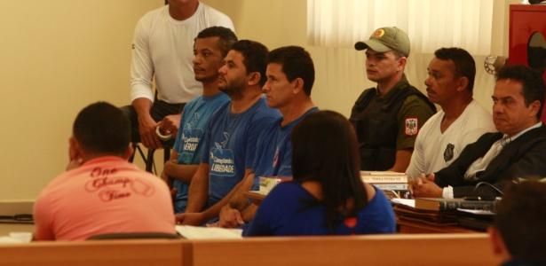 No primeiro julgamento, José Rodrigues Moreira (d) havia sido inocentado, enquanto Lindonjonson Silva Rocha e Alberto Lopes foram condenados