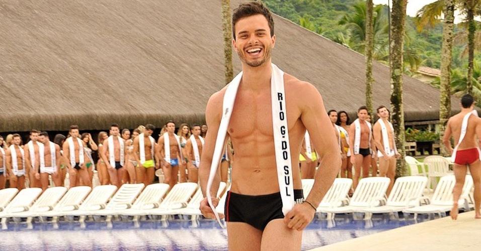 Mister Rio Grande do Sul desfila de sunguinha no Portobello Safari e Resort, em Mangaratiba, no Rio de Janeiro