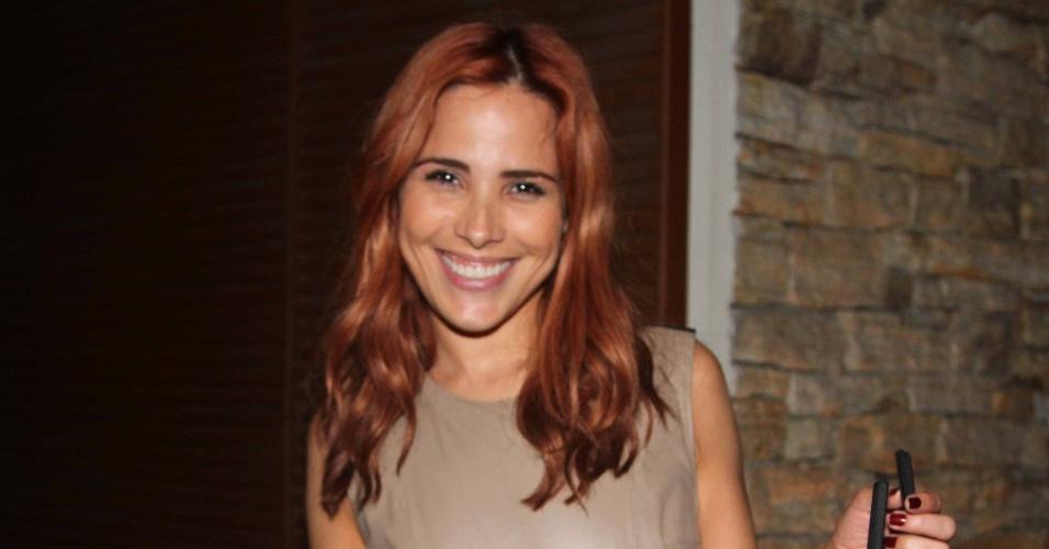 6.abr.2013 - Wanessa deixa a festa de aniversário de Maria Alice, filha de Ronaldo e Bia Anthony, em São Paulo