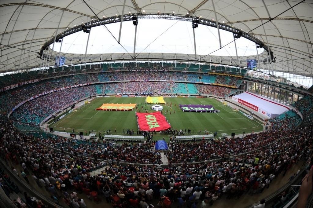 07.abr.2013 - 41 mil ingressos foram colocados à venda para o clássico Ba-Vi, que marcará a inauguração da Fonte Nova