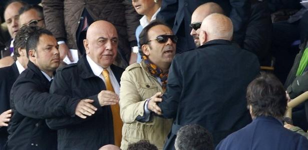 Adriano Galliani (gravata dourada) e Aurelio De Laurentiis estão entre os investigados