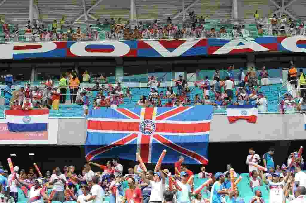 Zagueiro do Vitória provoca Bahia após goleada