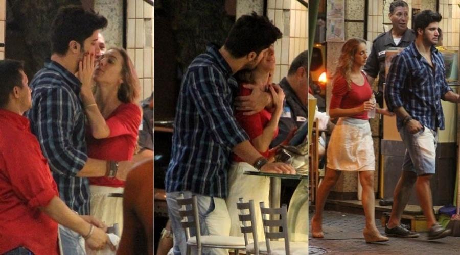 7.abr.2013 - Ex-BBB Marcello passeia com a namorada pela zona sul do Rio