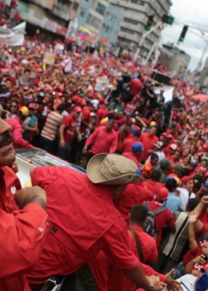 Nicolás Maduro participa de comício eleitoral na cidade de Maturn, no Estado de Monagas - Comando Hugo Chavez/Efe