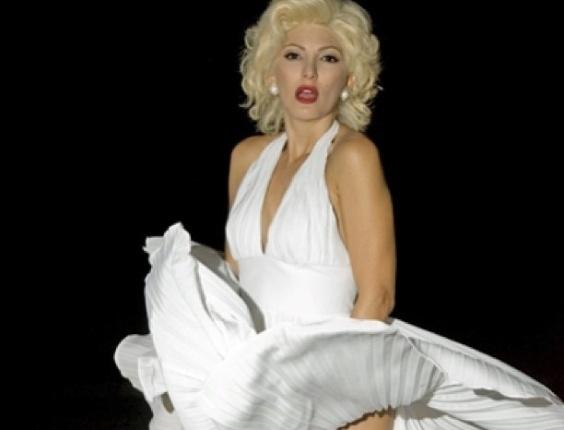 Antonia Fontenelle publicou uma foto em seu Instagram caracterizada de Marilyn Monroe e escreveu que era uma imagem de um ensaio incrível