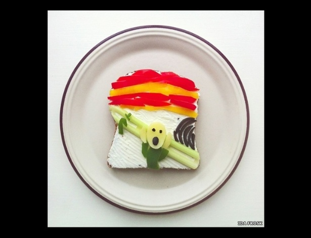 """Artista e entusiasta da comida, a norueguesa Ida Frosk criou o projeto """"Art Toast"""", em que recria obras de arte de figuras como Munch usando torradas como tela - www.idafrosk.com"""