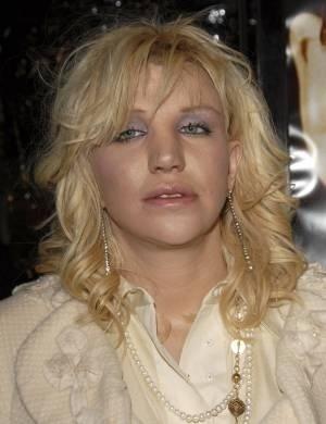Courtney Love foi internada em 2005, saiu da clínica sem pagar 180 mil dólares