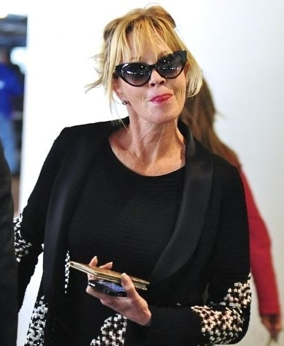 Desde os anos 80 a atriz Melanie Griffith luta contra o vício em álcool, drogas e analgésicos. Ela se internou em 1988, 2000 e 2009