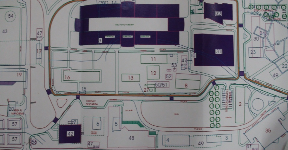 O problema de espaço para salas de aulas e laboratórios só deve ser completamente resolvido em 2017, quando deverá estar pronto um edifício entregue em quatro etapas no campus Tapajós, segundo o reitor José Seixas Lourenço. A construção ainda não foi iniciada