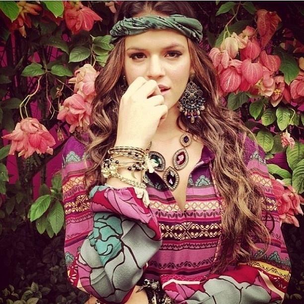 10.abr.2013 - Bruna Marquezine posa para ensaio de marca de bijuterias
