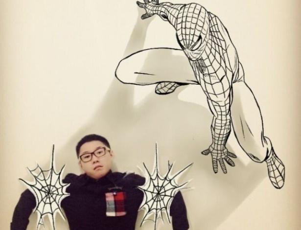 O Homem Aranha prende Gaikuo Captain em suas teias