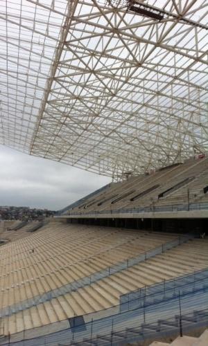 11.abril.2013 - Com pouco mais de 70% de suas obras concluídas, Itaquerão já tem suas arquibancadas praticamente concluídas