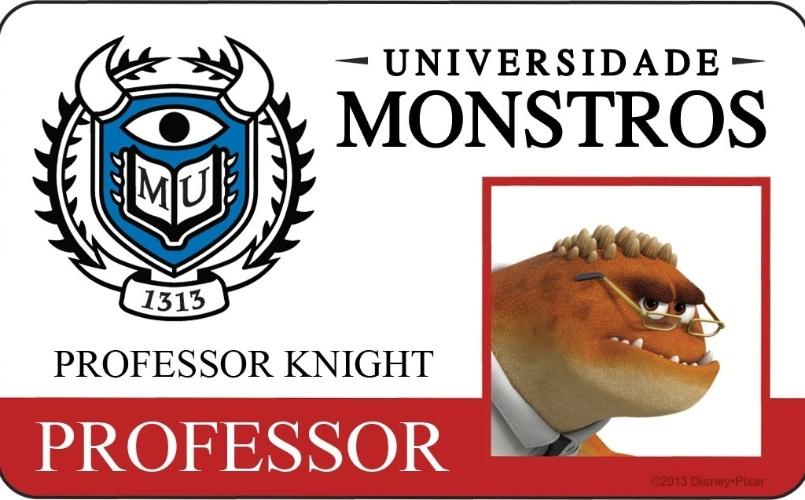 """A Disney Pixar divulgou novo material do filme """"Universidade Monstros"""" que mostra os cartões de identidade de alguns personagens. Professor de """"Sustos 1"""", curso introdutório na Universidade Monstros, Knight tem um papel difícil. É ele quem deve selecionar os monstros com o maior potencial para ser realmente assustador. A animação estreia dia 21 de junho no Brasil"""