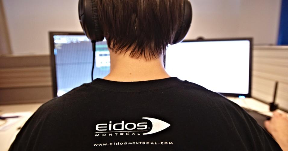 """Um dos funcionários da Eidos Montreal, estúdio fundado em 2007 e que produz jogos das séries """"Deus Ex"""" e """"Thief"""""""