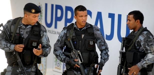 Registro da inauguração da UPP do Caju, em 2013