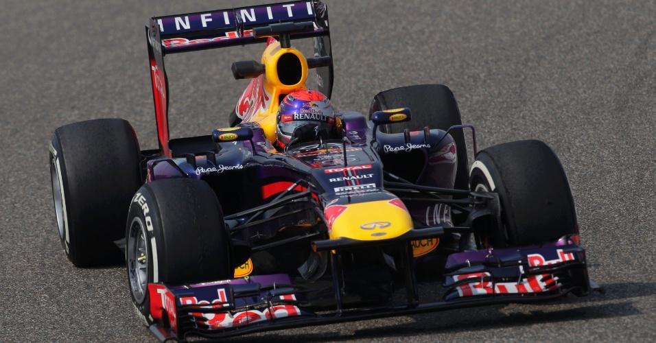 12.abr.2013 - Sebastian Vettel teve desempenho discreto nos treinos livres do GP da China