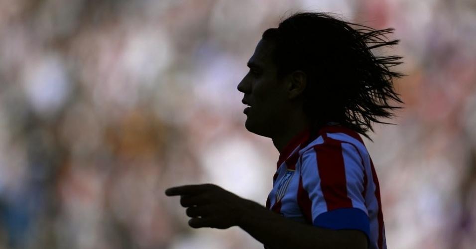 14.abr.2013 - Atacante colombiano Falcao Garcia marcou duas vezes na goleada do Atlético de Madri sobre o Granada: 5 a 0
