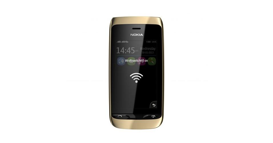 15.abr.2013 - Com tela touch e suporte a dois chips de operadora, o Nokia Asha 310 começa a ser vendido no Brasil por R$ R$329. O aparelho permite o armazenamento interno de informações de até cinco chips diferentes e a função ''Troca rápida'', que dispensa o desligamento do celular para troca do chip secundário. O celular tem conectividade Wi-Fi e vem com aplicativos para Facebook e Twitter pré-instalados, além de uma versão simplificada do Nokia Mapas