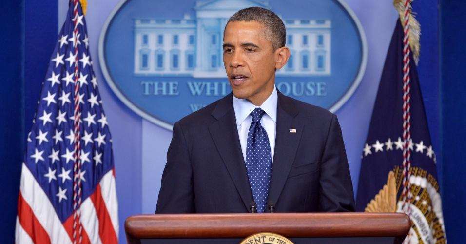 15.abr.2013 - O presidente americano Barack Obama fala durante pronunciamento na Casa Branca, nesta segunda-feira (15). Segundo ele, o governo ainda não sabe quem foram os responsáveis pelos ataques que ocorreram na linha de chegada da Maratona de Boston