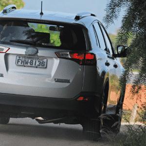 Flagrante Toyota Rav4 2014 - Murilo Góes/UOL