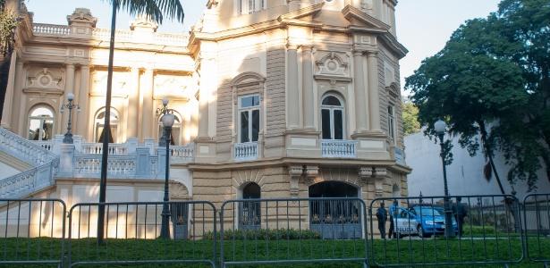 Obras na área externa do Palácio Guanabara, no Rio, ainda não têm data para começar