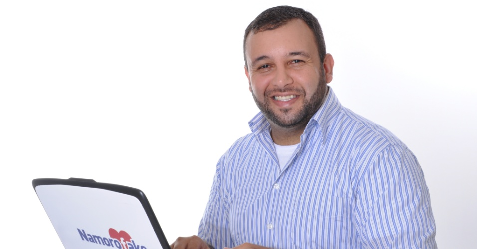 Flavio Estevam, fundador da empresa Namoro Fake