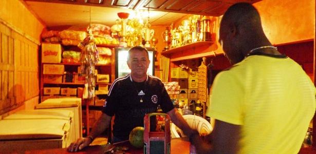 Francisco Jerônimo, comerciante de Brasileia (AC) que atende haitianos