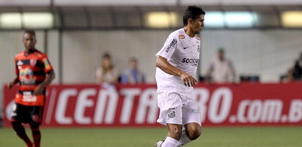 Durval busca companheiros do Santos na partida contra o Flamengo-PI 1ed78cef8bd76