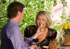 Alimentação incorreta pode fazer sua noite de amor ir por água abaixo - Thinkstock