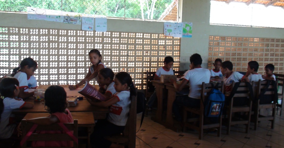 Escola rural Santarém comunidade de Arapixuna