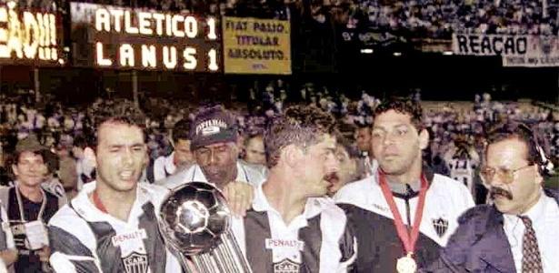 Valdir Bigode foi campeão da Conmebol pelo Atlético-MG, em 1997, sobre o Lanus, da Argentina