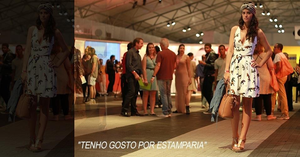 17 abr. 2013 - Valentina Falk, 23, designer, usa vestido MSGM, turbante e sapato Marcela B. e bolsa Valentino