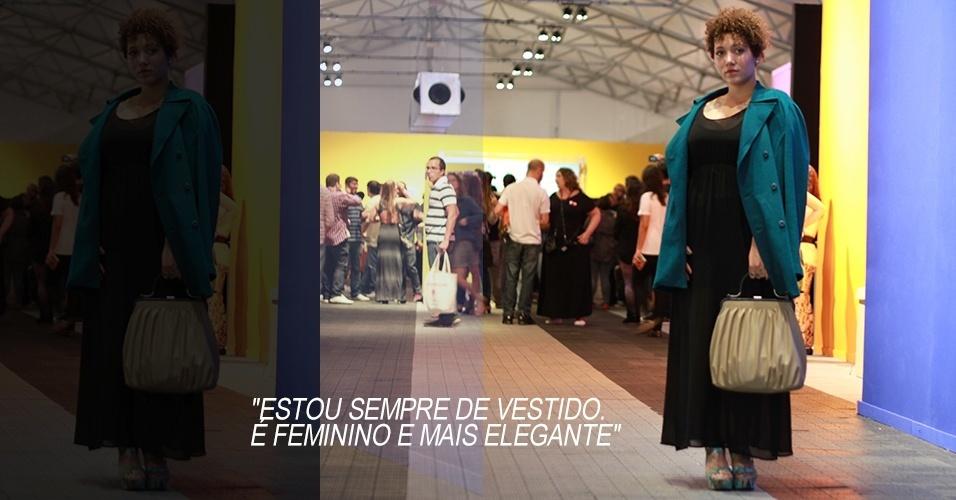 18 abr. 2013 - Camila de Alexandre, 23, maquiadora, usa vestido C&A, sandália Renner, casaco e bolsa de brechó