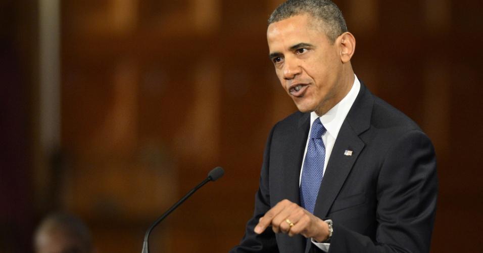 18.abr.2013 - Em cerimônia ecumênica para homenagear as vítimas dos atentados em Boston, o presidente norte-americano Barack Obama disse que a essência dos Estados Unidos continua inabalada