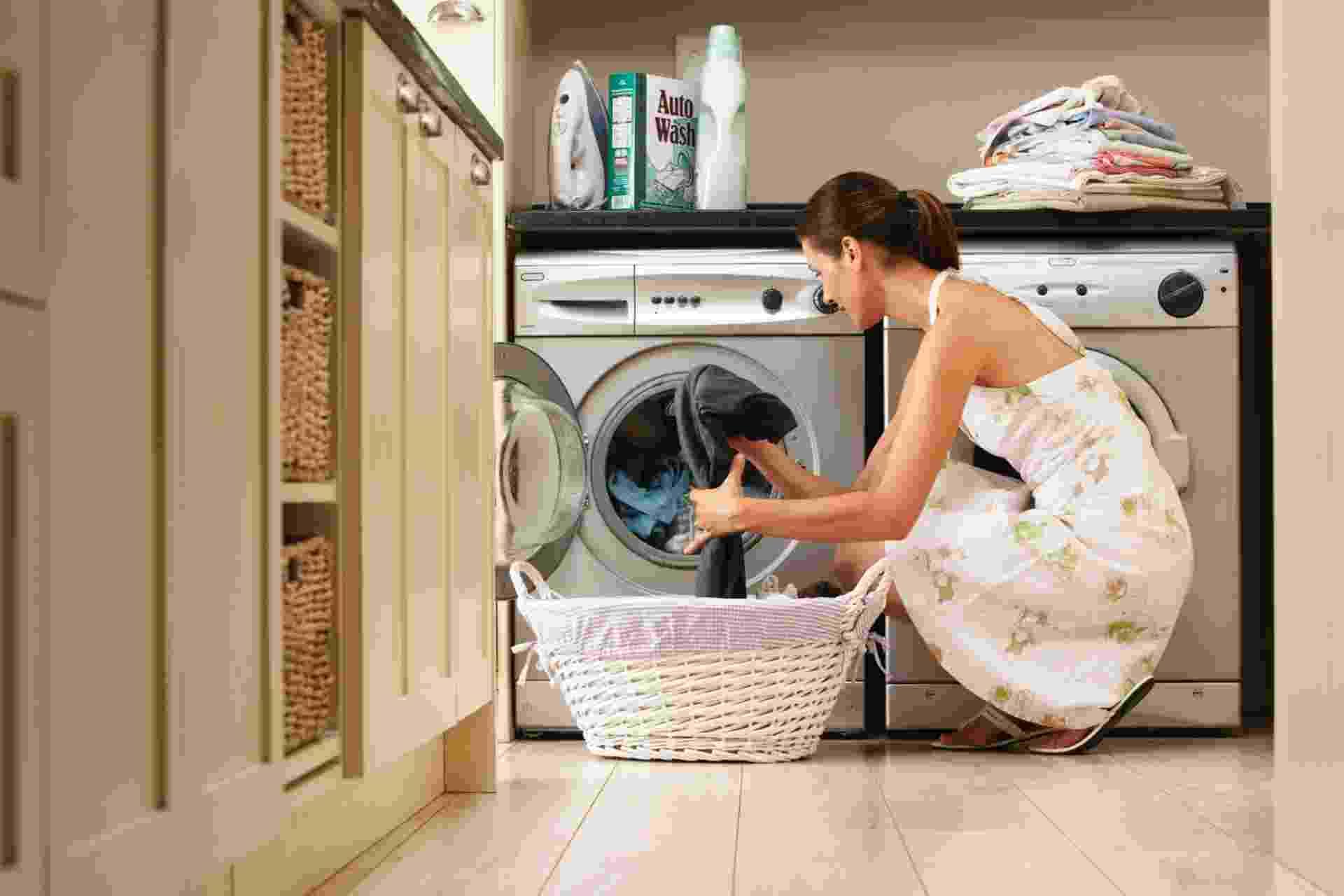 Imagem de lavadora de roupas para matéria com itens indispensáveis da lista de casamento - Thinkstock