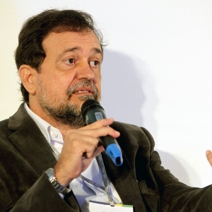 O senador Walter Pinheiro (sem partido-BA)