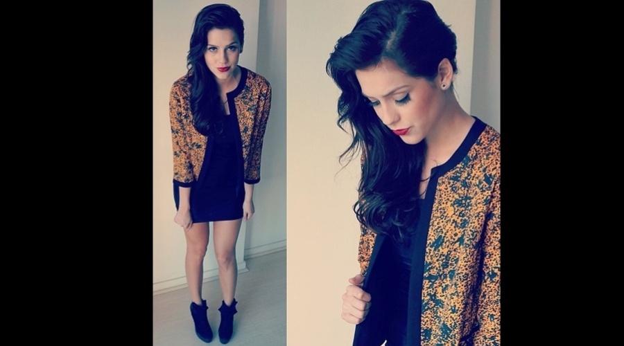 19.abr.2013 - Após assumir namoro com Fiuk, Sophia Abrahão tingiu os cabelos de preto. O resultado foi divulgado pela atriz por meio de sua página do Twitter