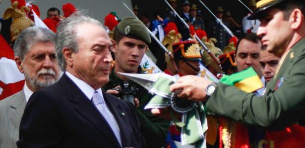 19.abr.2013 - Temer participa de evento com as Forças Armadas
