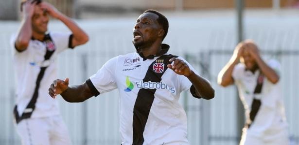 Carlos Tenório é um dos jogadores da LDU que passou pelo futebol brasileiro