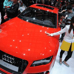 Audi libera seus espaço e visitantes conferem de perto como é o executivo esportivo Audi RS 7 - Peter Parks/AFP