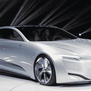 Buick Riviera Concept é conceito de sedã da marca premium da GM - Eugene Hoshiko/AP