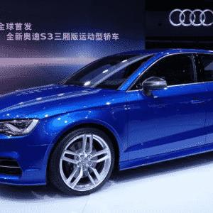 Sedã do novo Audi A3 faz sua primeira aparição pública mundial no Salão de Xangai; configuração escolhida foi a S3 - Newspress