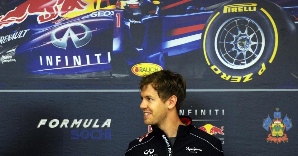 22.abr.2013 - Sebastian Vettel conheceu as instalações do futuro circuito de Sochi