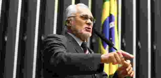 O deputado federal José Genoino (PT-SP) discursa na Câmara dos Deputados em abril deste ano - Pedro Ladeira - 23.abr.2013/Folhapress