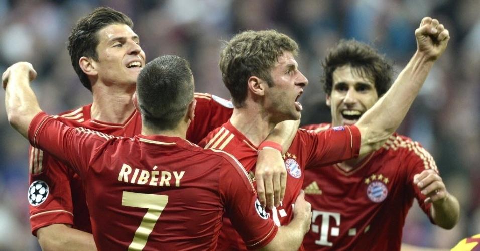23.abr.2013 - Thomas Müller comemora gol do Bayern de Munique contra o Barcelona pela Liga dos Campeões