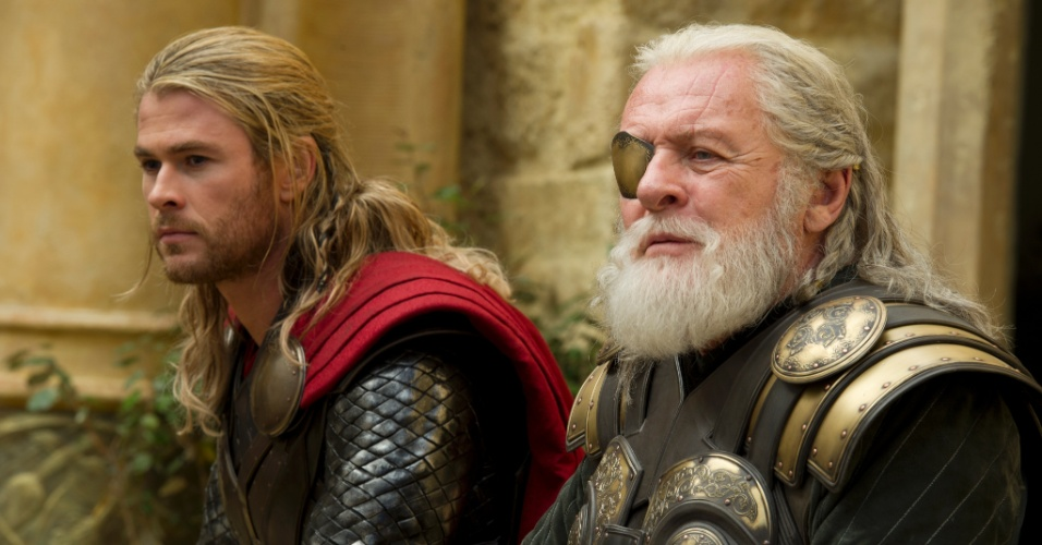 Chris Hemsworth contracena novamente com Anthony Hopkins, que interpreta seu pai, Odin