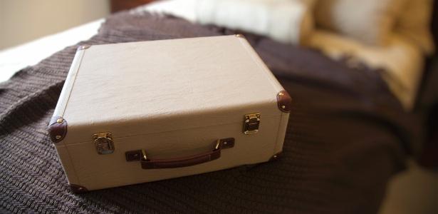 Quais itens são essenciais para um confinamento transmitido pela TV? - Thinkstock