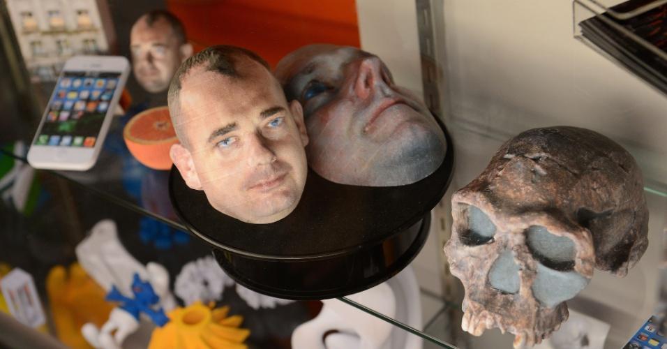 Os itens acima foram exibidos no evento 'Inside 3D Printing' (por dentro da impressão 3D, em tradução livre), realizado em Nova York, nos dias 22 e 23 de abril de 2013