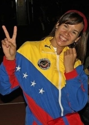 24.abr.2013 - A esgrimista Alejandra Benítez, 32, foi indicada pelo presidente eleito da Venezuela, Nicolás Maduro, para assumir o ministério dos Esportes do país. A atleta, que já era deputada suplente na Assembleia Nacional e aceitou o convite, disputou os Jogos Olímpicos 2004, 2008 e 2012 e já foi campeã mundial júnior, na França, em 1999, e da Taça do Mundo da Alemanha, em 2008