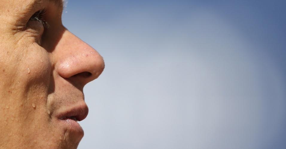 24.abr.2013 - Cesar Cielo sorri durante as disputas do Troféu Maria Lenk